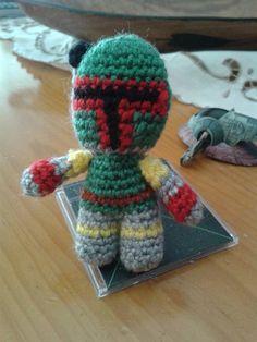 """FLUFFY WORLD Amigurumis  https://www.facebook.com/fluffyworldamigurumis/  Bobba Fett amigurumi, de la película """"Star wars"""", crochet, ganchillo, patrón gratis, free pattern"""