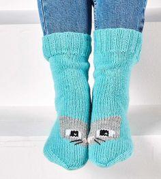 kuva Crochet Socks, Knitting Socks, Knit Crochet, Boot Cuffs, Cool Socks, Leg Warmers, Handicraft, Slippers, Boots