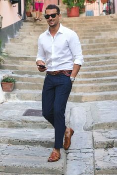 7 Ways To Wear A White Shirt - A Men's Style Guide [With Photos - Mode masculine, formes de style et astuces vestimentaires Mode Masculine, White Shirt Outfits, Casual Outfits, Summer Outfits, Summer Clothes, Dress Casual, White Shirt Man, Classy Outfits, Casual Wear
