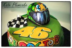 Kate Plumcake - Sugar Art & more                      : Valentino Rossi cake, torta motociclismo - Motorcycling cake