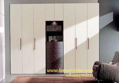 wadrobe minimalis modern pintu sliding http://www.kamar-tidur.com/kamar-tidur/perlengkapan-kamar-tidur/lemari-pakaian/wadrobe-minimalis-modern-pintu-sliding.htm