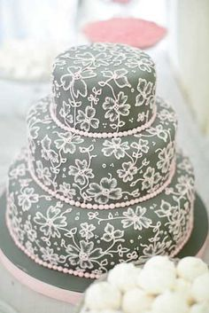 Pretty Pink Perfection - Wedding Photography by Segerius-Bruce. A very beautiful technic Gorgeous Cakes, Pretty Cakes, Amazing Cakes, Brush Embroidery, Wedding Cake Inspiration, Specialty Cakes, Fancy Cakes, Love Cake, Creative Cakes