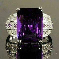 Amethyst and Diamond Platinum Ring Purple Love, All Things Purple, Shades Of Purple, Deep Purple, Purple Stuff, Purple Jewelry, Amethyst Jewelry, Purple Reign, Purple Fashion