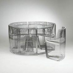 http://www.architonic.com/dcsht/pantonova-dining-set-wright/4103412