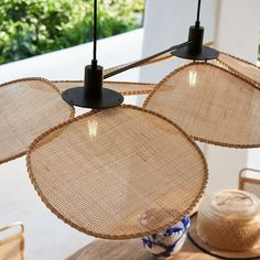 Rattan Pendant Light, Pendant Lighting, Suspension Vintage, Soul Design, Drop Lights, Cane Furniture, Metal Structure, Blog Deco, Light Shades