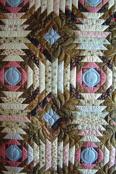 Pineapple quilt by Jessica's Quilting Studio Flickr