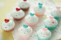 9 pcs Cupcake Heart on Top Cabochon 16mm H16mm by misssapporo