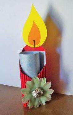 Manualidades Navidad con rollos de papel: fotos ideas para niños - Vela navideña con rollos de papel y cartón