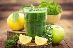 Transforma hoy mismo tu cuerpo con este jugo verde quemagrasa que te ayudará a perder peso en poco tiempo. No te pierdas la receta.