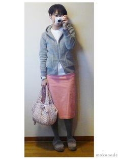 モコーデ: ヘインズのTシャツでピンクのスポーツガーリー 10月31日