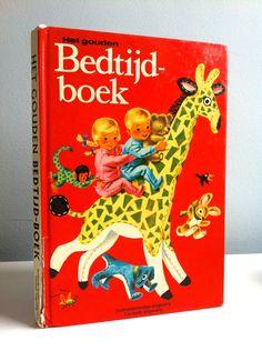 Het gouden Bedtijdboek, een vroege Richard Scarry met verhalen van Kathryn Jackson uit 1965 door lalinia op Etsy