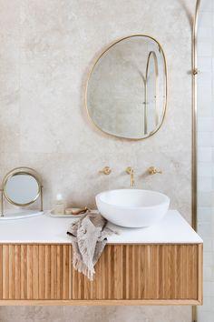 Bird Bathroom, Bathroom Shop, Bathroom Plans, Bathroom Renovations, Bathrooms, Bathroom Inspo, Gold Mirror Bathroom, Bathroom Ideas, Bathroom Layout