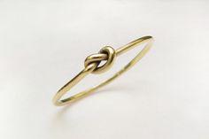 Prsten ze žlutého zlata od Martina Vernera, jewel, wedding ring, gold, zdroj: www.martinverner.cz #design #czechdesign