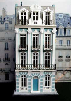 The most awesome 1:144 scale French townhouse!