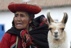 Un grupo indígena de Latinoamérica es el Inca, que hablaban quechua.