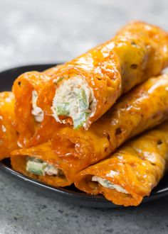 Keto Jalapeño Popper Taquitos with Bacon &; Keto Jalapeño Popper Taquitos with Bacon &; Mexican Food Recipes, Diet Recipes, Healthy Recipes, Ethnic Recipes, Bacon Recipes, Mexican Dishes, Pizza Recipes, Healthy Meals, Delicious Recipes