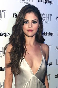 The 10 best beauty looks of the week are here- Selena Gomez
