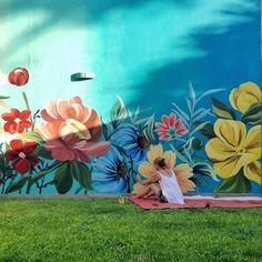 💐🙌🏻No saben lo que significa llegar el primer día (ayer) y ver esa pared enorme, vacía, tiene 9x3,80 y hoy esta así!🙌🏻💐 Es emocionante ver… Instagram, Painting, Hu Ge, First Day, Did You Know, Murals, Painting Art, Paintings, Painted Canvas