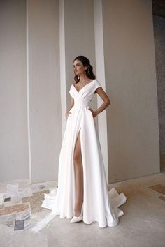 Bohemian Wedding Dresses, Dream Wedding Dresses, Bridal Dresses, Prom Dresses, Formal Dresses, French Wedding Dress, Plain Wedding Dress, Simple Wedding Gowns, Romantic Dresses