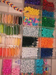 Pony Bead Bracelets, Diy Friendship Bracelets Patterns, Pony Beads, Ankle Bracelets, Cute Jewelry, Beaded Jewelry, Jewlery, Pulseras Kandi, Homemade Bracelets