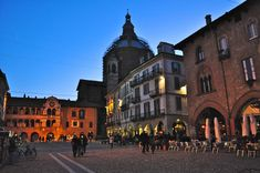 Piazza della Vittoria - Pavia