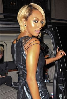 Kerri Hilson's sleek blonde bob