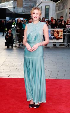 "Laura Carmichael wears Stella McCartney Fall 2016 RTW to the ""A United Kingdom"" premiere at the BFI London Film Festival."