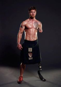 Meet Noah Galloway - OutMander, kilt-wearing athlete and double-amputee Iraqi war veteran. A number of Outlander fans have asked us to help him win Men's Health Magazine's Ultimate Guy Search by voting daily at this link: http://www.mhguysearch.com/entry/896/ If he wins, he'll be featured on the November cover
