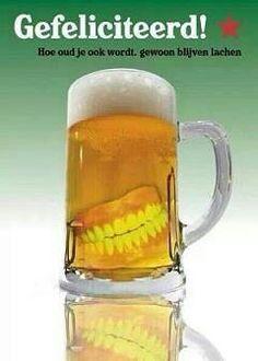 Gefeliciteerd: Bierglas met gebit :)