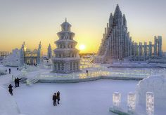 Spectacular illuminated ice sculptures at Harbin Ice and Snow Festival (Photograph by Gavin Hellier, Getty Images)  | Event-o-Rama: 5 Must-Dos in January  | Nat Geo