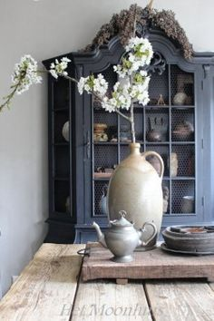 https://au.pinterest.com/mistyymoonlight/antiques-primitive-rustic-colonial-country-style-a/