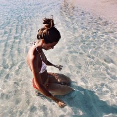 Summer Vibes :: Beach :: Friends :: Adventure :: Sun :: Salty Fun :: Blue Water :: Paradise :: Bikinis :: Boho Style :: Fashion + Outfits :: Discover more Summer Photography + Summertime Inspiration Beach Vibes, Summer Vibes, Beach Day, Summer Beach, Sand Beach, Photo Voyage, Fotos Goals, Summer Photography, Ocean Photography
