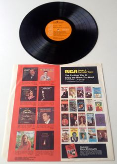 Waylon Jennings and The Kimberlys Country Folk by ThisVinylLife