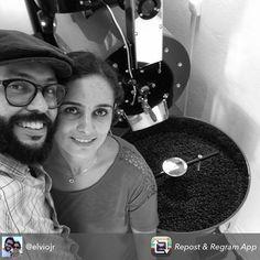 Repost from @elviojr - Meus dois amores ! Minha esposa @taybaroni  e a Ophelia essa belezinha ali atrás produzida pela pessoal da Atilla @torradoratilla . .  #cursos #micrororrefacao #sjc #cafe #mestrecafeeiro #loja #atilla #cafeteria #roaster #coffee #coffeelover by torradoratilla