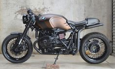 BMW R NineT Cafe Racer by Johnnie Wash #motorcycles #caferacer #motos | caferacerpasion.com