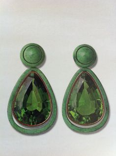 Gorgeous hue of green and such a fun scale for these glamorous tear drop earrings. Hemmerle  #jewelry #earrings #jewels
