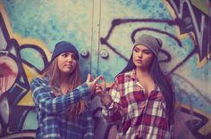 seniors, teen lifestyle, grafitti, punk, urban, girls, city, infinity, sisters, friends, photography, senior photography,