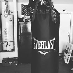 When you can't clear your head at 10:00 at night what do you do?  Crank the tunes in the garage and work the bag until you can't lift your arms.  #heavybag #everlast  #fitness  #therapy  #garageworkout by curtcalvert