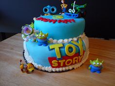 Mad Cupcake Love: Tinkerbell Cake and ToyStory Cake