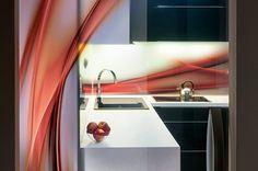 Nejmodernější metoda tisku na sklo? Digitální nanotisk! Loft, Bed, Furniture, Home Decor, Homemade Home Decor, Stream Bed, Lofts, Home Furnishings, Beds