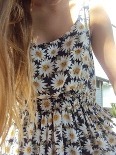 Daisy dress//Summer
