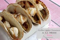 Start the weekend off right with these delicious Grilled Apple Cinnamon A La Mode Tacos! They're everything you love about tacos - filled with tart grilled apples, sweet ice cream, topped off with a tasty caramel swirl! Grilled Desserts, Fun Desserts, Delicious Desserts, Dessert Recipes, Yummy Food, Dessert Ideas, Unique Desserts, Tasty, Fun Food