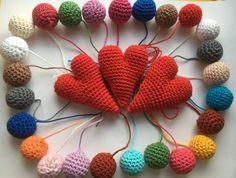 Perles au crochet (réservé laëtitia) - Un grand marché Crochet Necklace, Beaded Crochet, Happy Name Day, Beads, Crochet Collar