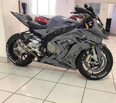 Bmw # - # Carros e Motorräder - Auto Design Ideen - Motos Bike Bmw, Yamaha Bikes, Moto Bike, Bmw Motorcycles, Bmw S1000rr, Auto Design, Design Autos, Motorcycle Outfit, Motorcycle Bike