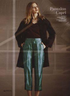 Nuestra blusa de seda burgundy con cuello desmontable en Cosmopolitan !
