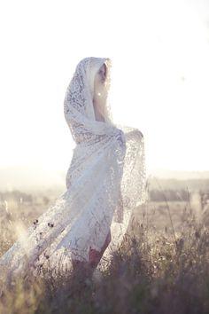 Ph: Lifestories | Portfolio: 09/ Bridal Fashion & Publications - LifestoriesLifestories → http://lifestorieswedding.com/portfolio/09-bridal-fashion-publications