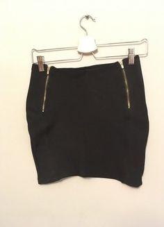 Kup mój przedmiot na #vintedpl http://www.vinted.pl/damska-odziez/spodnice/17187971-czarna-spodnica-mini