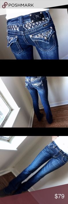 New!! Miss me straight boot jeans retail price 189 New without tag miss me jeans style straight boot size 27 inseam 34 1/2 98% cotton 2% Elastane retail price 189.00 Miss Me Jeans Boot Cut