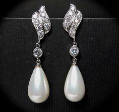 Pearl Earrings // Long // Pearl drops // by QueenMeJewelryLLC, $47.99