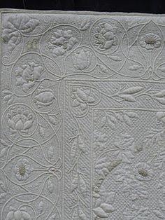 Beautiful wholecloth quilted by Cindy Needham